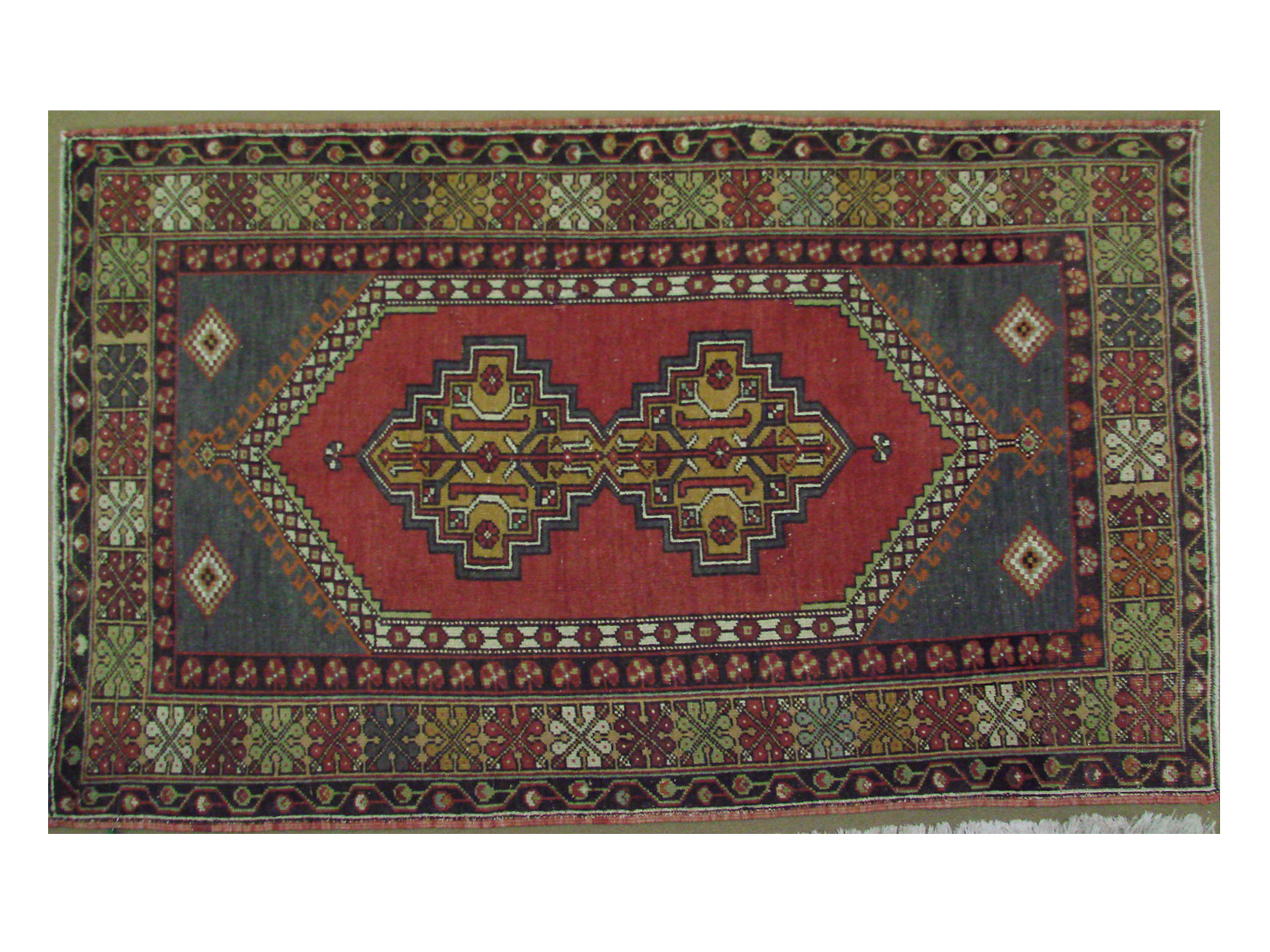 4x6 Vintage Hand Knotted Wool Area Rug - MR021405