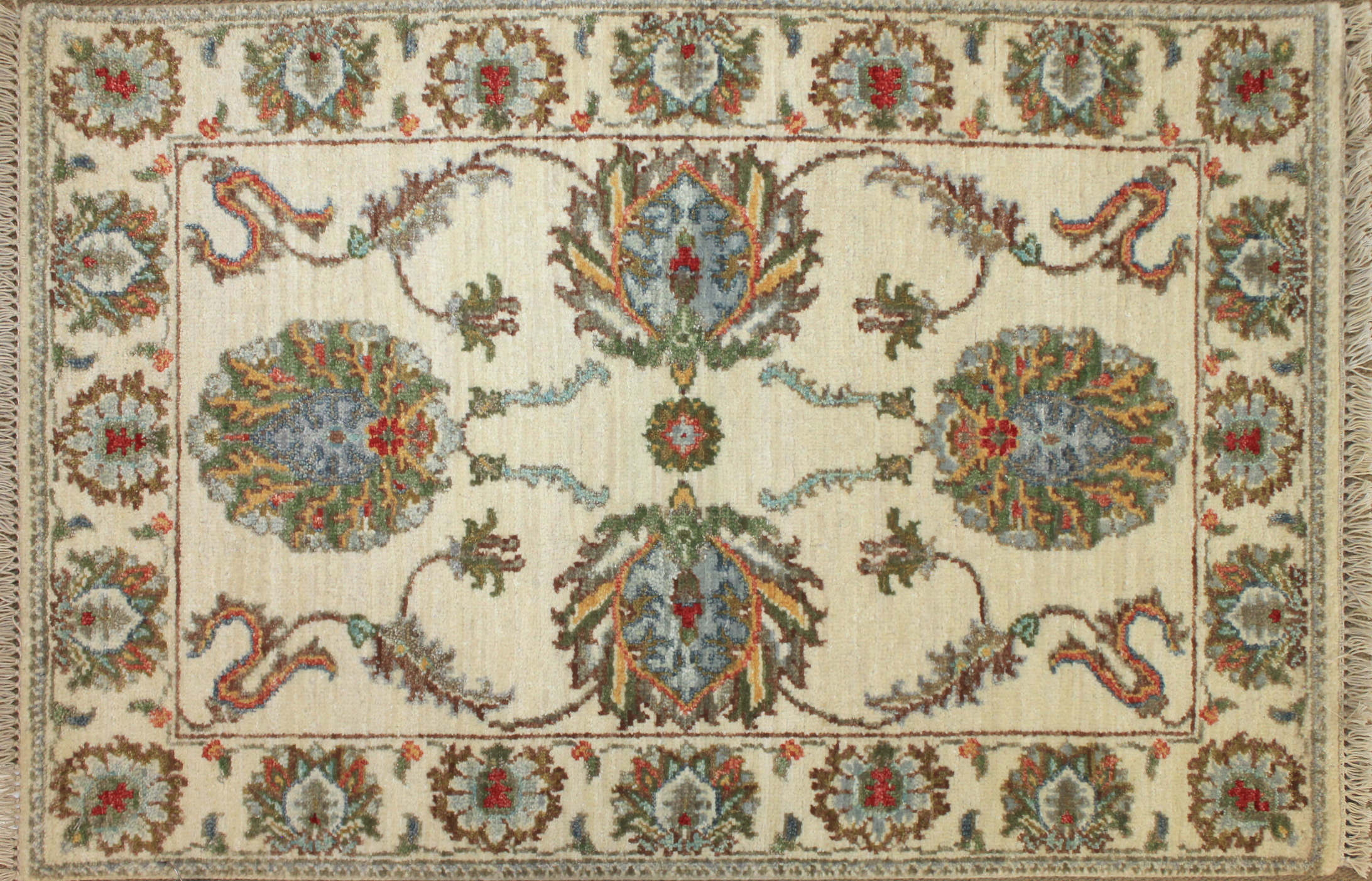2X3 Traditional Hand Knotted Wool Area Rug - MR024759