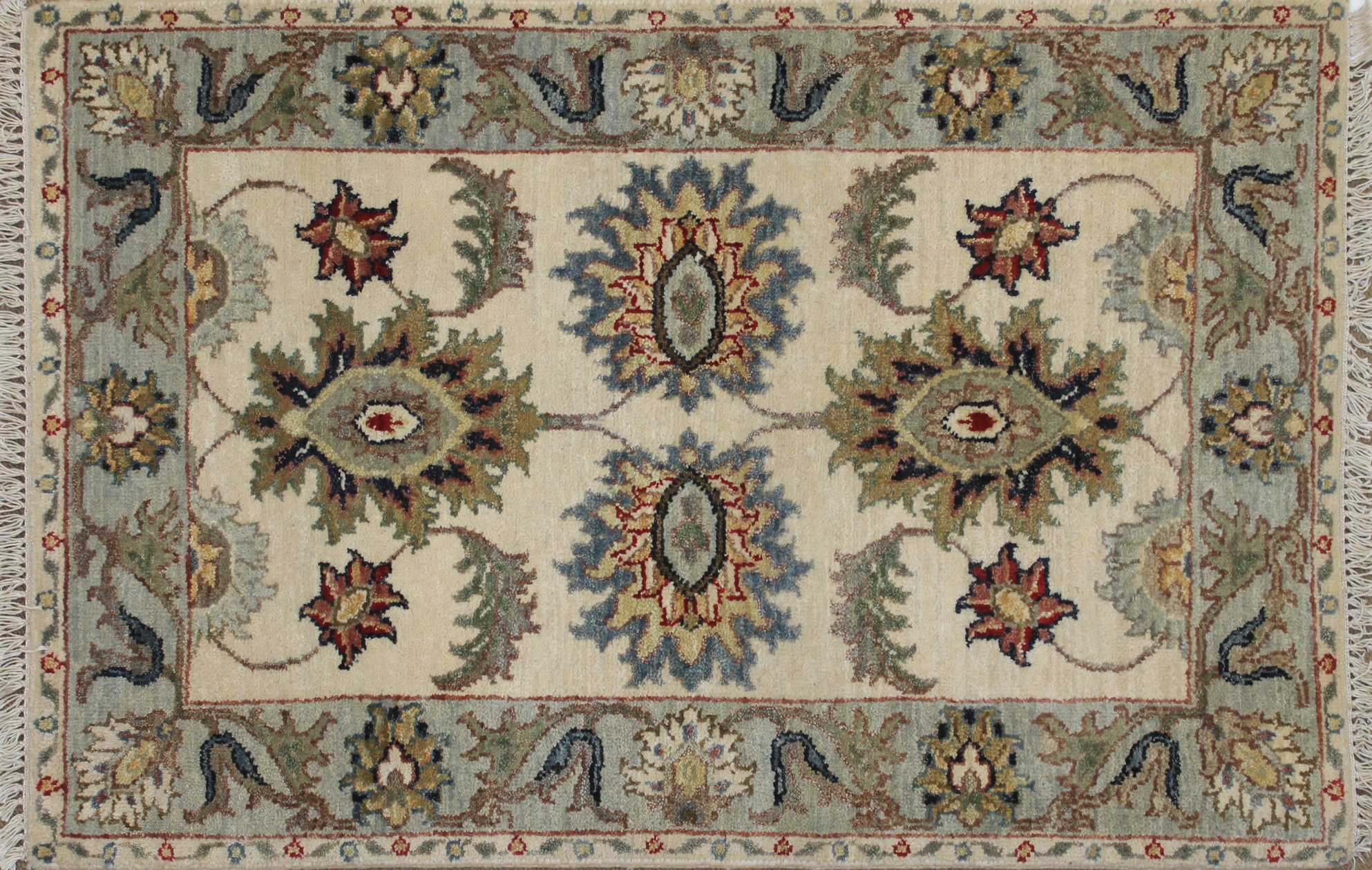 2X3 Traditional Hand Knotted Wool Area Rug - MR025031