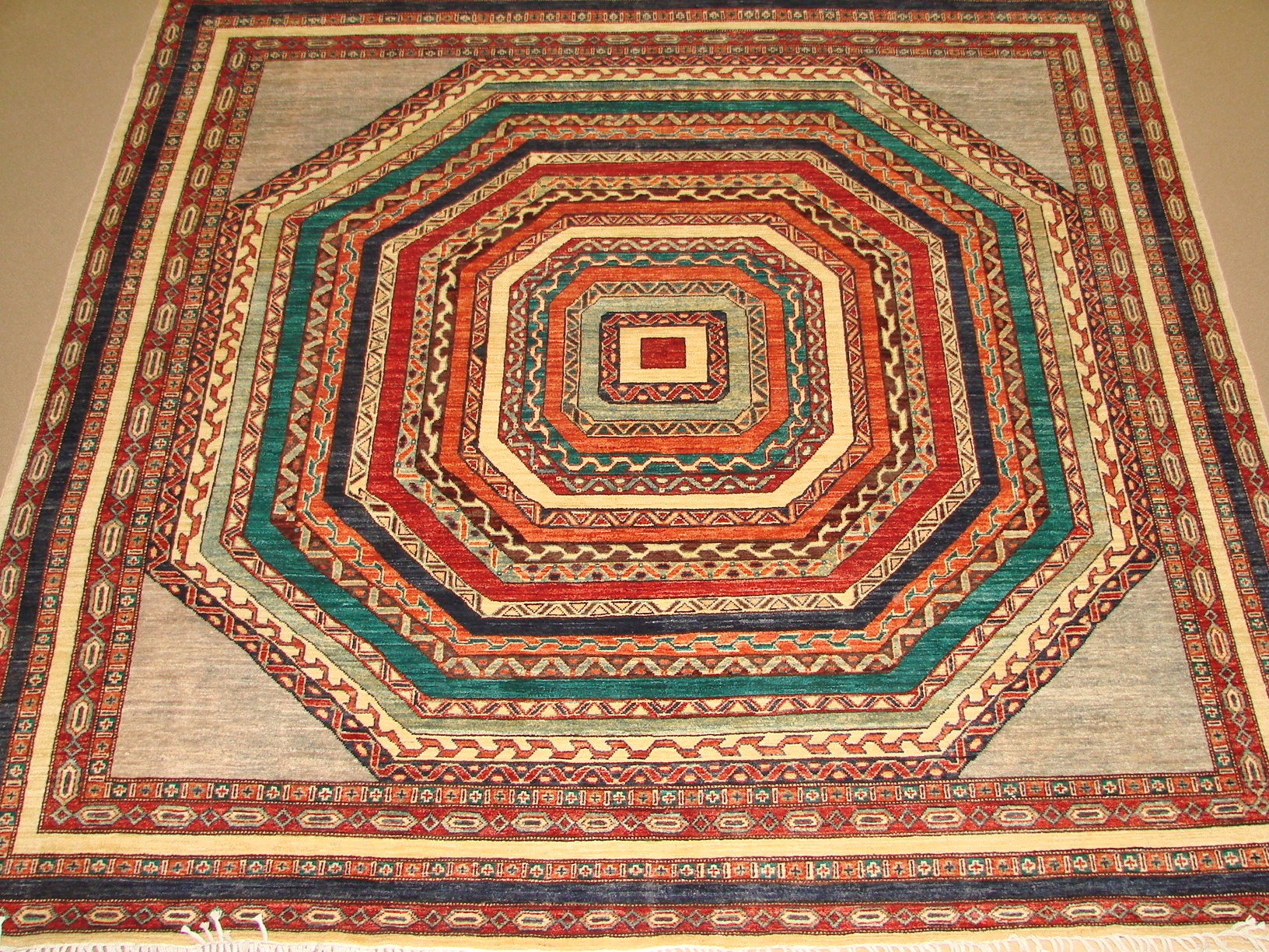 8 ft. Round & Square Traditional Hand Knotted Wool Area Rug - MR16133