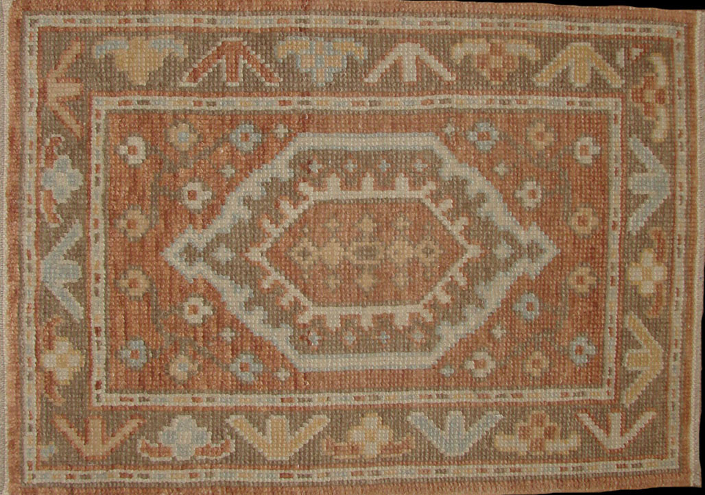 2X3 Oushak Hand Knotted Wool Area Rug - MR18246