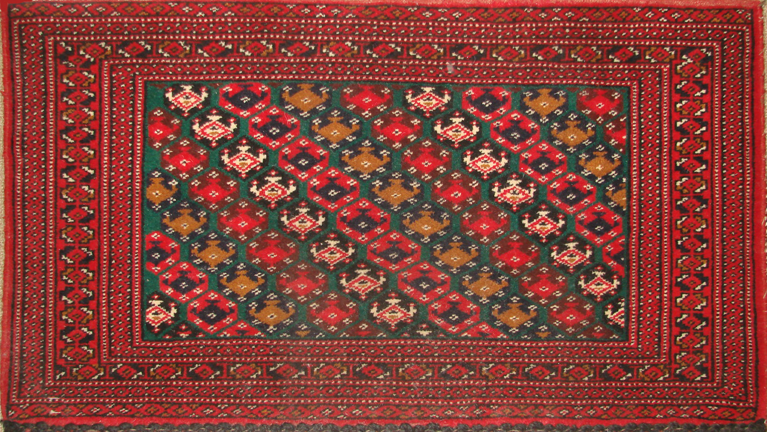 1.6X2 & SMALLER Bokhara Hand Knotted Wool Area Rug - MR19475