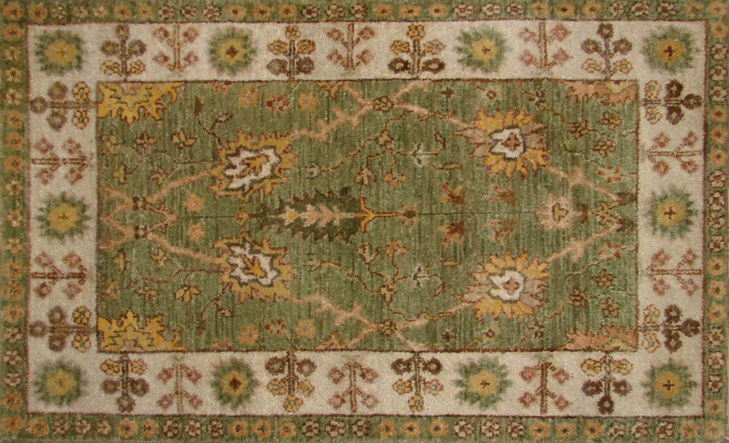 2X3 Traditional Hand Knotted Wool Area Rug - MR19869