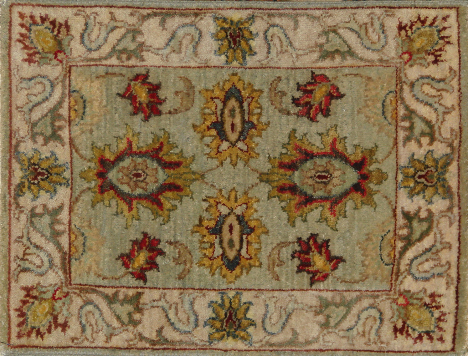 1.6X2 & SMALLER Traditional Hand Knotted Wool Area Rug - MR20727