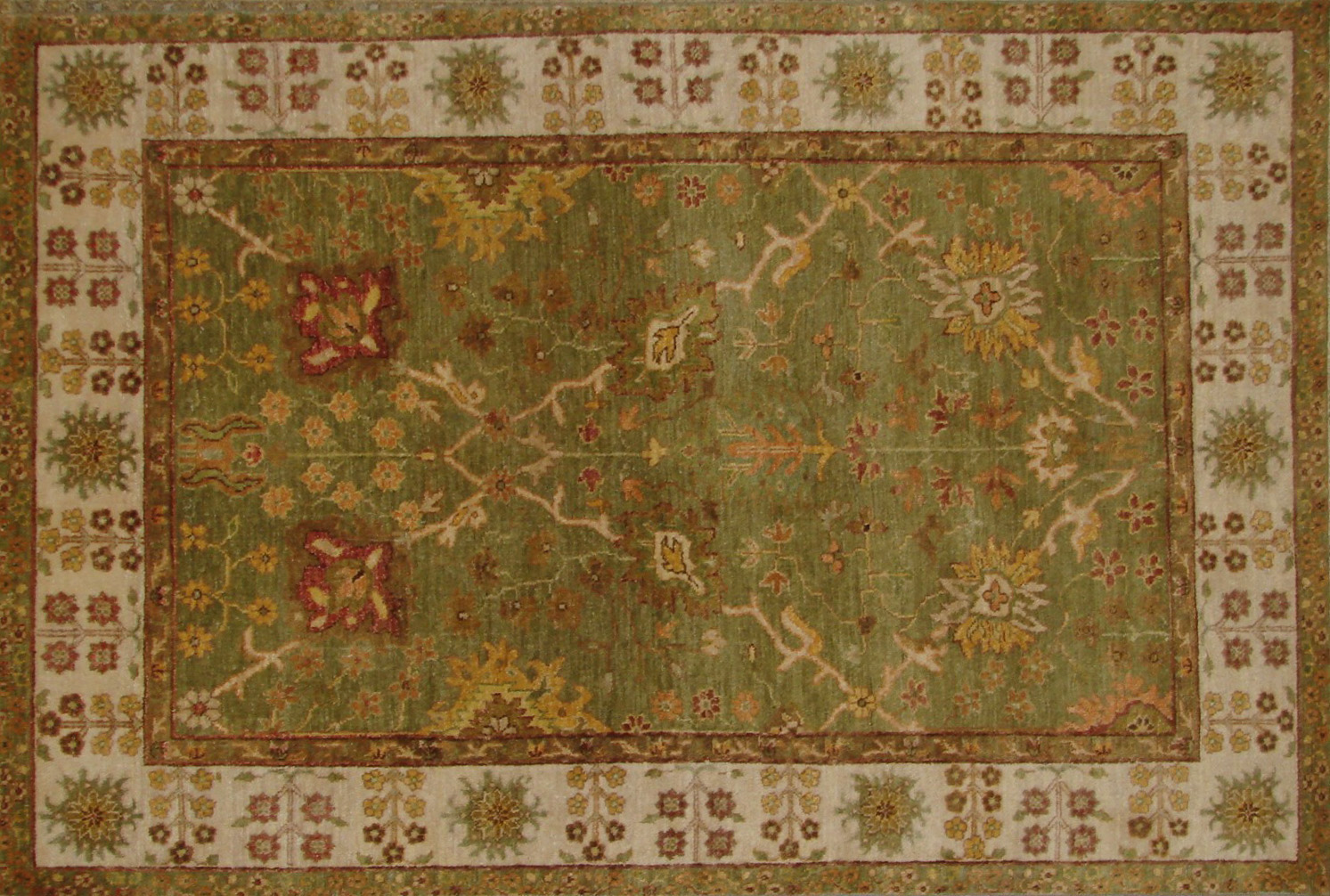 4x6 Traditional Hand Knotted Wool Area Rug - MR21130